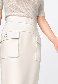HALLHUBER - Pencil skirt - creme - 2
