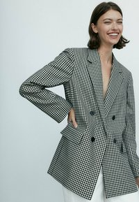 Massimo Dutti - Short coat - black - 1