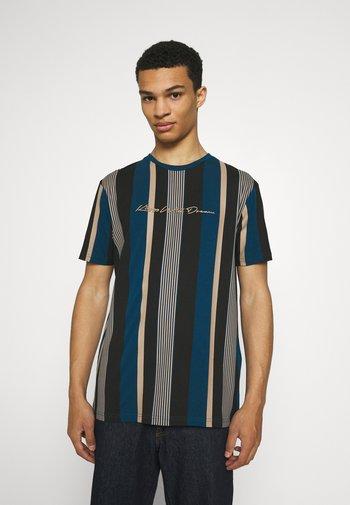 REPTON STRIPE TEE - Print T-shirt - sailor blue/sand/black