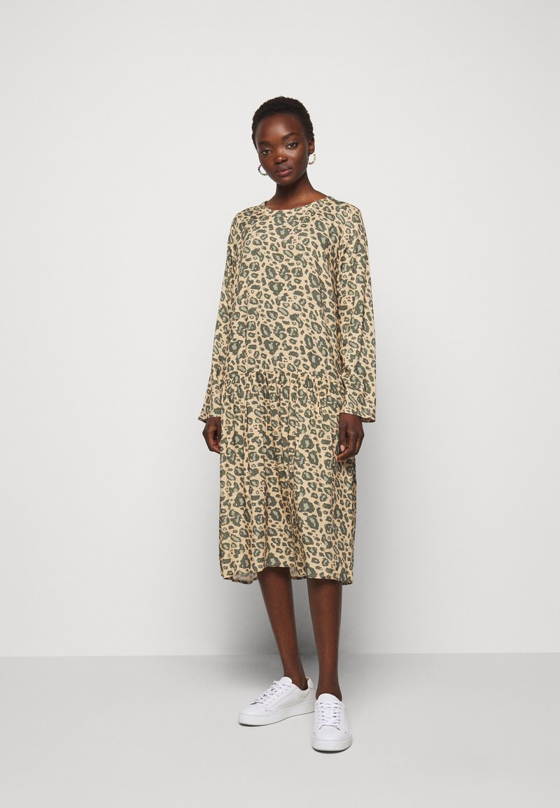 CECILIE copenhagen - JOSÉ - Day dress - army