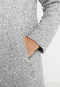 Vero Moda - VMKATRINE - Manteau court - light grey melange - 5