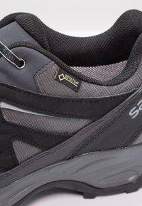 Salomon - EFFECT GTX - Hiking shoes - magnet/black/monument - 5