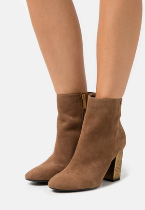 LARIAH - High heeled ankle boots - tan