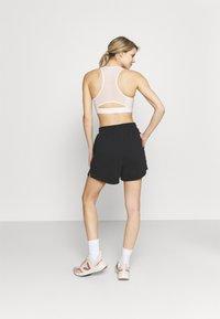 Cotton On Body - LIFESTYLE ON YA BIKE SHORT - Sports shorts - black - 2