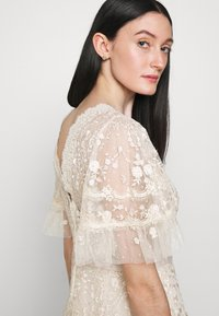 Needle & Thread - FRANCINE GOWN - Occasion wear - champagne/pink - 3