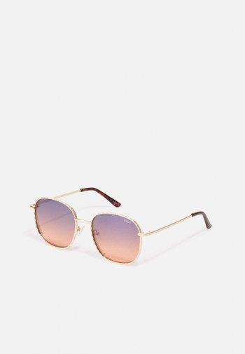 JEZABELL TWIST - Sunglasses - gold-coloured/navy/peach