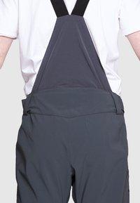 Salomon - OUTLAW PANT - Zimní kalhoty - ebony - 2