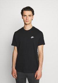 Nike Sportswear - T-shirt med print - black/white - 0