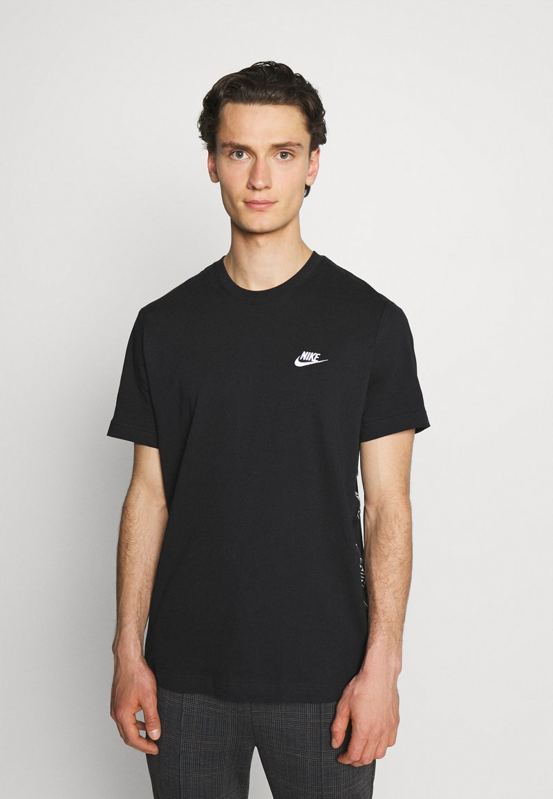 Nike Sportswear - T-shirt med print - black/white