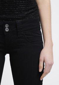 Pepe Jeans - VENUS - Kalhoty - black - 4
