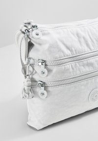 Kipling - ALVAR - Across body bag - curiosity grey - 5