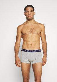 Calvin Klein Underwear - TRUNK 2 PACK - Culotte - grey - 0