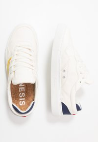 Genesis - SOLEY UNISEX  - Sneakers laag - white/yellow/navy - 1