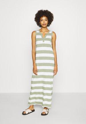 ZEN - Maxi šaty - green
