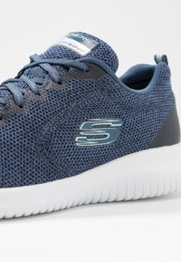 Skechers Sport - ULTRA FLEX - Zapatillas - navy/white - 2
