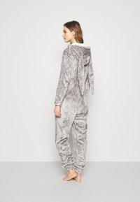 Hunkemöller - ONESIE HERRINGBONE - Pyjamas - warm grey melee - 2