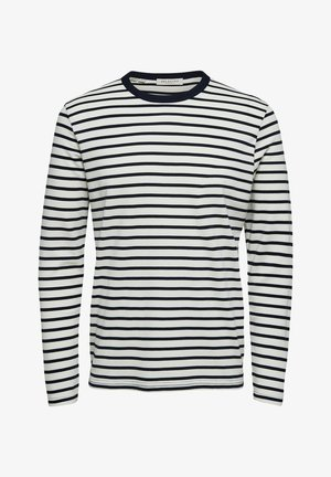Long sleeved top - sky captain