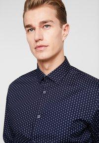 Selected Homme - SLHSLIMNEW MARK - Camisa elegante - mood indigo - 3