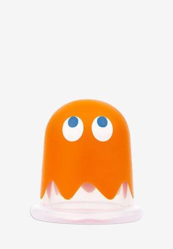 PACMAN SILICONE MASSAGE TOOL - Bath & body - orange