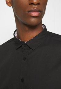 Brave Soul - TUDORD - Formální košile - black - 4