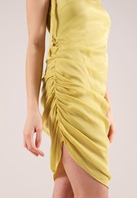 blonde gone rogue - GATHERED - Cocktail dress / Party dress - yellow - 4