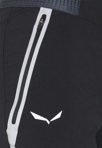 Salewa - PEDROC SHORTS - Short de sport - black out - 6