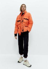Uterqüe - Down jacket - orange - 1
