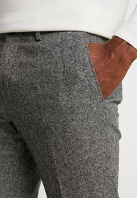 Tommy Hilfiger Tailored - BLEND PANTS - Spodnie materiałowe - grey - 3