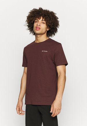 PINE TRAILS™ GRAPHIC TEE - T-shirt print - red lodge