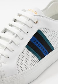 Paul Smith - BASSO - Sneakers basse - white - 6