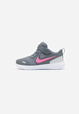 REVOLUTION 5 UNISEX - Neutral running shoes - smoke grey/pink glow/photon dust/white