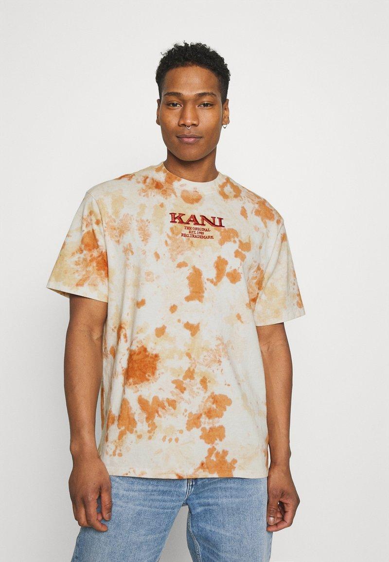 Karl Kani - UNISEX RETRO - T-shirt con stampa - white