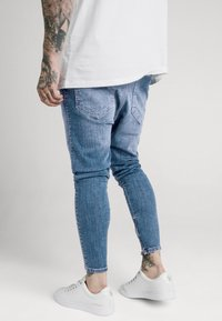 SIKSILK - SIKSILK DROP CROTCH  - Vaqueros pitillo - stone blue denim - 2