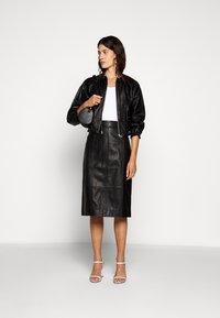 Proenza Schouler White Label - LIGHTWEIGHT PENCIL SKIRT - Pouzdrová sukně - black - 1