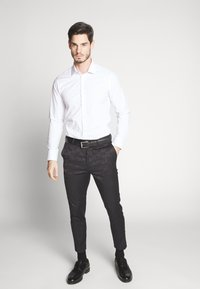 Bertoni - GUSTAV - Formální košile - white - 1