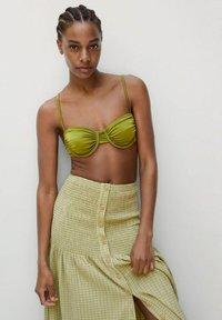 Mango - A-line skirt - vert - 3