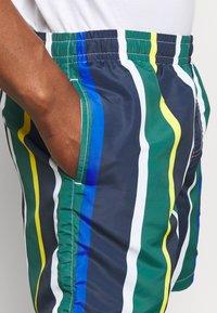 Karl Kani - SIGNATURE STRIPE - Shorts - navy - 4