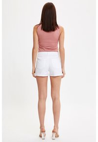 DeFacto - Shorts - white - 2
