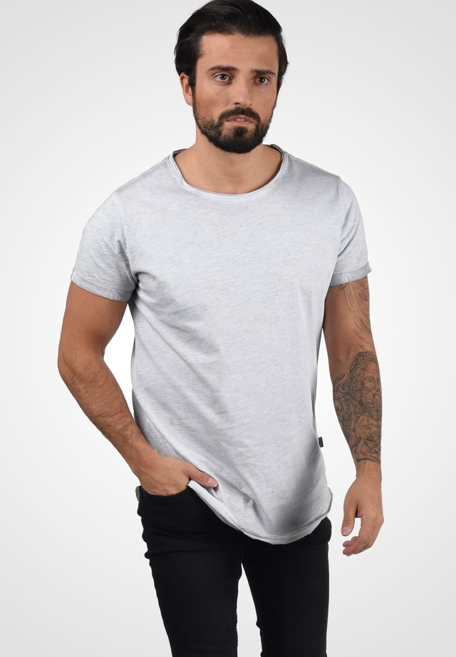 MINO - Basic T-shirt - chip grey