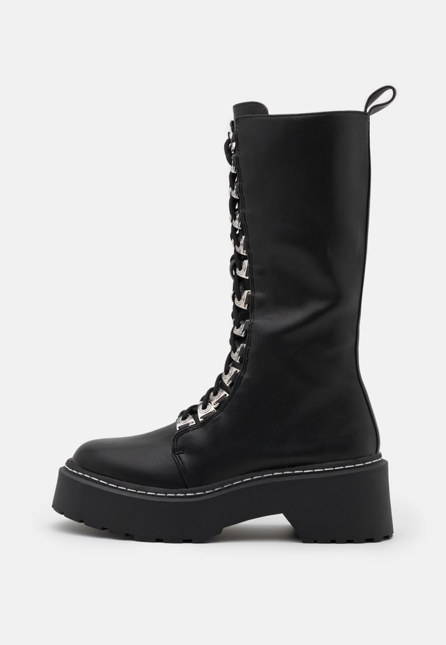 LACE UP EYELET CHUNKY MID BOOTS - Botas con cordones - black