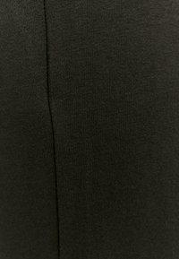 TALLY WEiJL - Teplákové kalhoty - black - 5