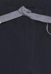 Petit Bateau - BABY PANTALON - Trousers - charme/marshmallow - 2