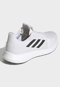 adidas Performance - SENSEBOOST GO SHOES - Scarpe running neutre - white - 4
