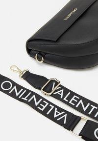 Valentino Bags - BIGS - Across body bag - black - 3