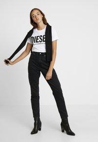 Diesel - T-SILY-WX MAGLIETTA - T-shirt con stampa - white - 1