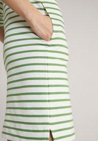 JOOP! - Jersey dress - grün weiß gestreift - 10