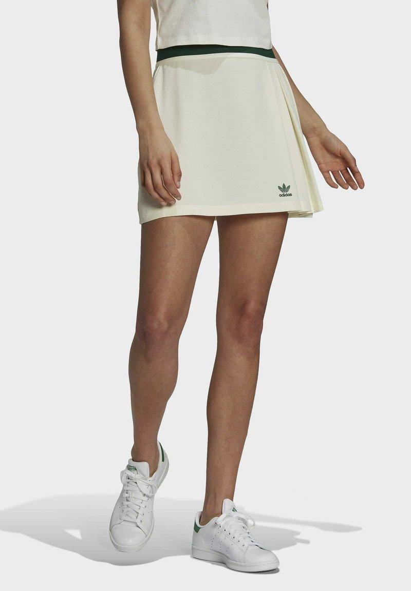 adidas Originals - TENNIS LUXE SKIRT ORIGINALS - Minijupe - off white