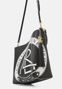 Lauren Ralph Lauren - ADLEY SHOULDER MEDIUM - Handbag - black/white - 4