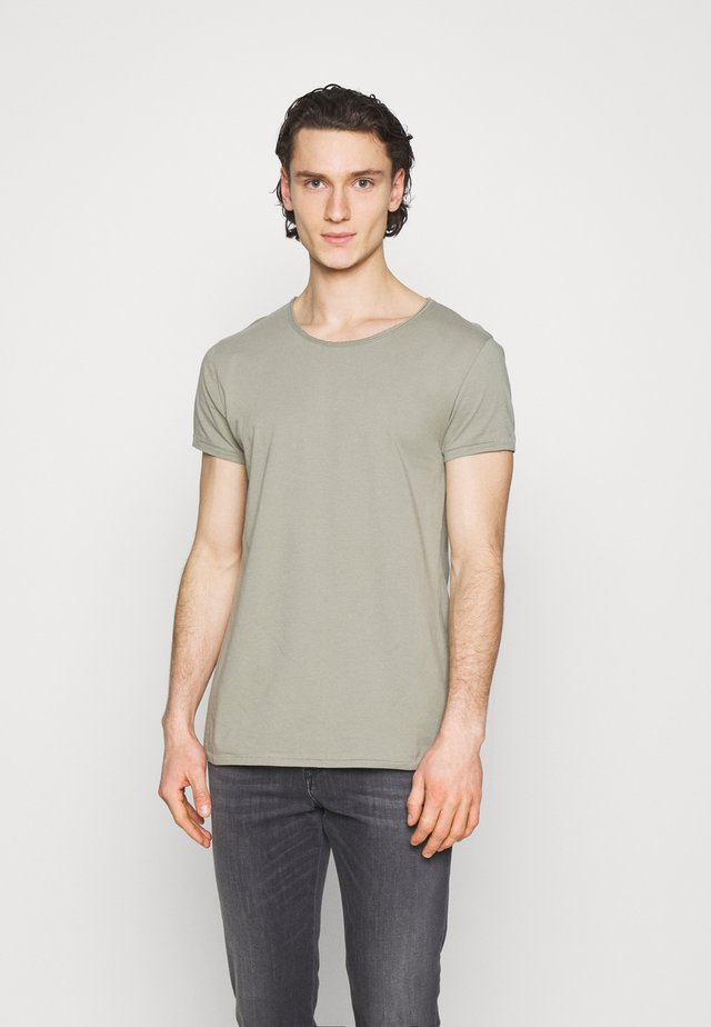 WREN - T-shirt basic - pepper mint