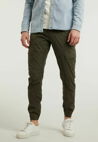 CHASIN' - Cargo trousers - green - 0